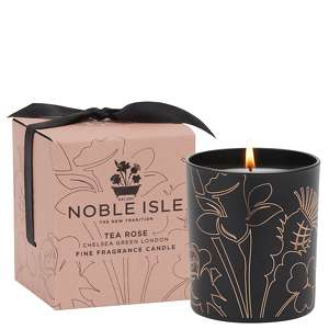 Noble Isle Home Fragrance Tea Rose Fine Fragrance Candle 200g