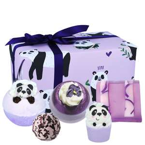 Bomb Cosmetics Christmas 2020 Panda Yourself Gift Pack
